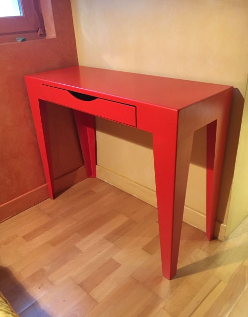 table rouge sur mesure