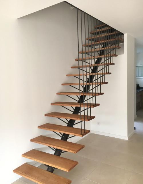 escalier bois et fer forgé